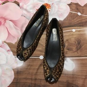 Donald J Pliner cheetah zipper flats